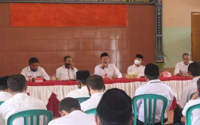 Rapat Perdana Kepala MTsN 1 Lombok Tengah, Masdiono: Rajut Kebersamaan Civitas Akademika